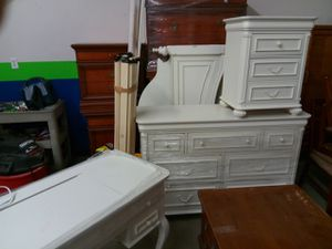 Twin bed , bed room set for Sale in Boston, MA