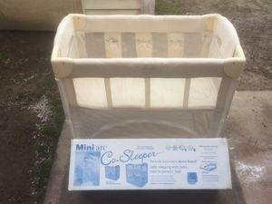 Mini Arc Co- sleeper - new in box ( never used ) for Sale in Alexandria, VA