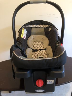 Infant car seat for Sale in Edison, NJ