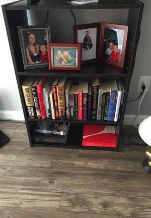 Small book shelf for Sale in San Antonio, TX
