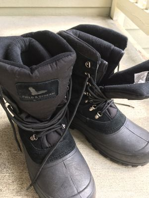Snow boots, size 11, used once for Sale in Mill Creek, WA
