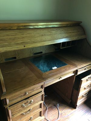 Roll top Desk for Sale in Cleveland, OH