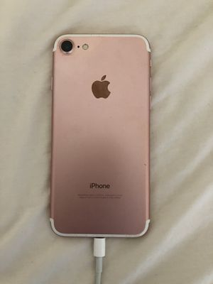 iPhone 7 Rose Gold for Sale in San Diego, CA