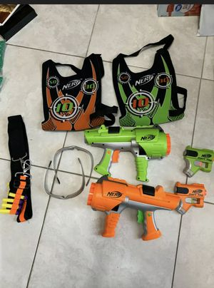 Nerf Dart Tag Set Green and Orange, Vests Goggles Blasters and guns for Sale in North Port, FL
