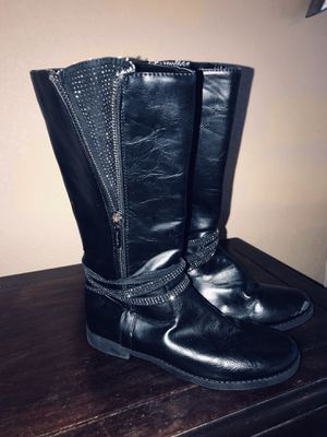 Tahari black leather boot for girl size 2 for Sale in Palm Beach Gardens, FL