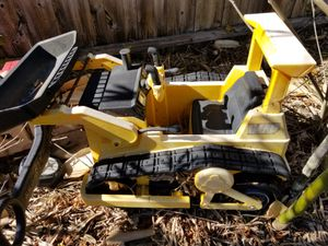 Little bull dozer for Sale in Sanford, FL