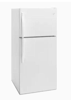 Whirlpool Refrigerator for Sale in Monroe, MI