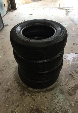 Tire 205/75/15 muy buenas for Sale in Washington, DC