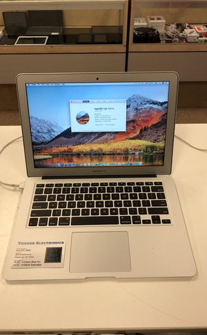 MacBook Air 13-inch for Sale in Pittsburgh, PA