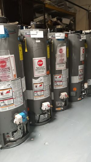 Rheem Performance Platinum Water Heater 40 and 50 gal 🎈 for Sale in West Los Angeles, CA