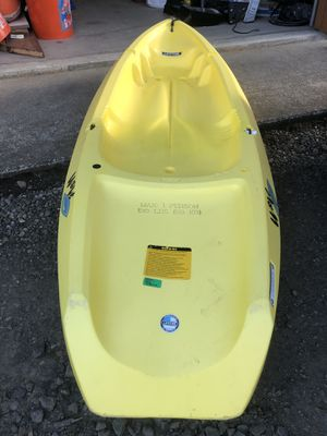 Kids sit in kayak for Sale in Montesano, WA