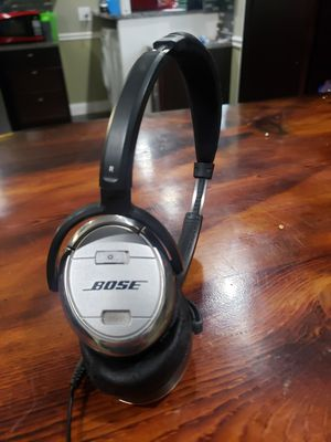Bose headphones for Sale in Evergreen Park, IL