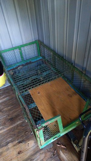 Lawn cart can hook to tractor for Sale in Lutz, FL