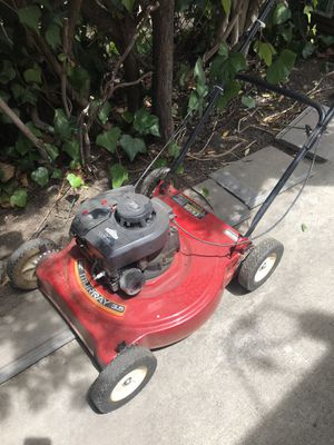 "22"" Gas Powered Murray Lawn Mower for Sale in Upland, CA"
