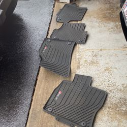 Audi Rs3 Rubber Mats for Sale in Bolingbrook,  IL
