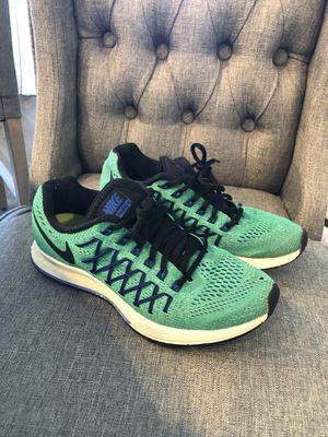 Women's Nike + Brooks Shoes-Size 7 for Sale in Nashville, TN