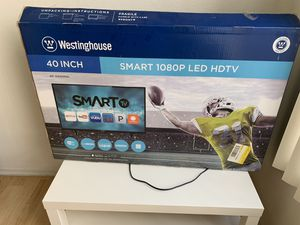 Westinghouse TV 40 Inch for Sale in Los Angeles, CA
