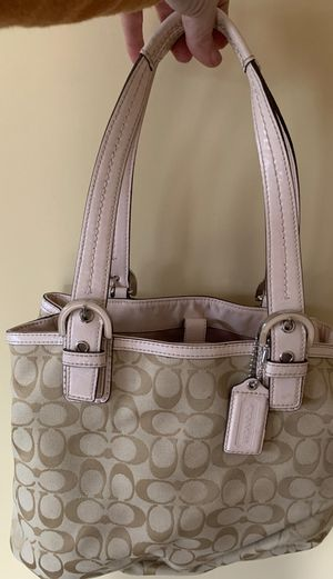 Authentic Coach purse - light pink accents for Sale in South San Francisco, CA