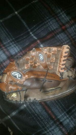Used softball glove for Sale in Tucson, AZ
