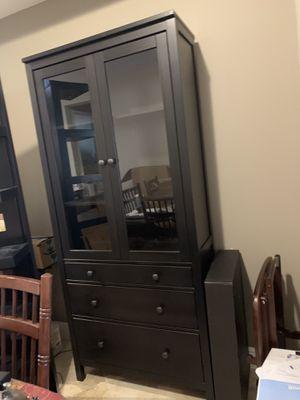 China cabinet/ curio cabinet/ shelf for Sale in Oakland Park, FL