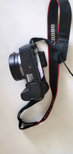 Canon eos rp digital mirrorless camera 26.2 MP. Open box item with 1 year warranty for Sale in Tampa, FL