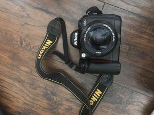 Nikon dslr Camera w/lense for Sale in Oakland, CA