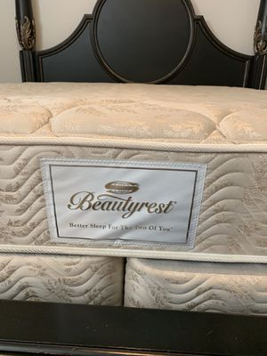 $300 king mattress and box springs set for Sale in The Colony, TX