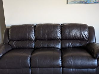 3 Seater Manual Recliner Sofa for Sale in Newburgh Heights,  OH