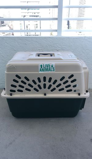 Dog Travel Crate for Sale in Miami, FL