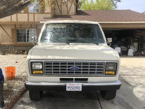 Ford Econoline 250 for Sale in Palmdale, CA