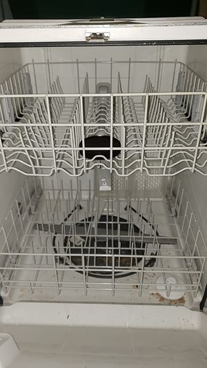 Whirlpool dishwasher for Sale in Miami, FL