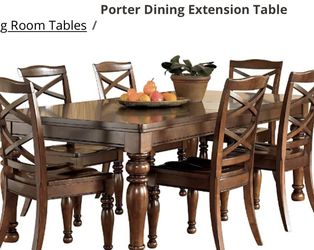 Entire dining room set for Sale in Chesterfield,  MO