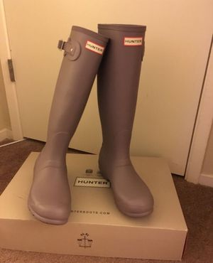 100% Authentic Brand New in Box Hunter Original Tall Rain Boots / Color Thundercloud / Women size 9 for Sale in Lafayette, CA