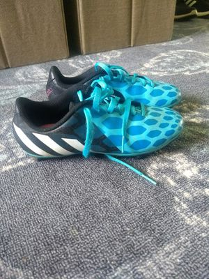 Girls Adidas soccer cleats sz 2.5 for Sale in Horseheads, NY