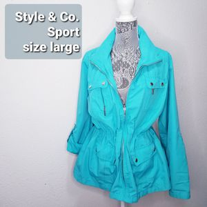 Light weight sports jacket for Sale in Lynnwood, WA