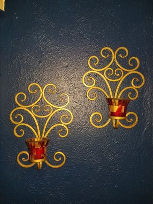 Red & Gold wall decorations for Sale in Dallas, TX