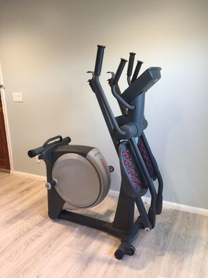 Pro-form 405 Elliptical bike for Sale in Los Alamitos, CA