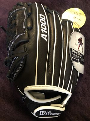 Left-Handed Throw Wilson A1000 Fast Pitch Softball Glove for Sale in Hacienda Heights, CA