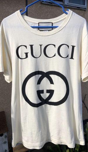 Gucci oversized double G t shirt fits like M/L for Sale in Westminster, CA