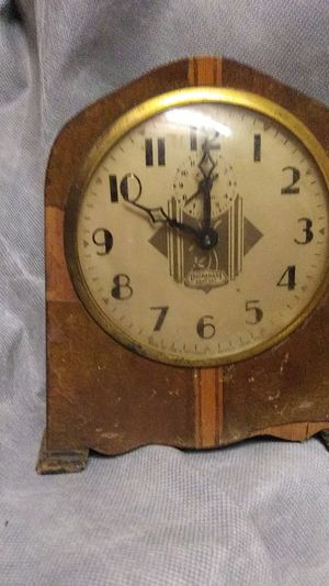 Ingraham Eight Day Antique Clock for Sale in Easley, SC