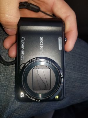 Sony cyber-shot g 14.1 megapixel camera for Sale in Chicago, IL