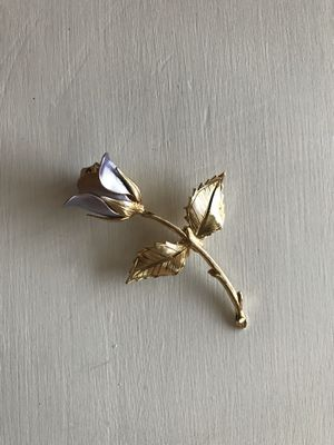 Vintage rose pin for Sale in Auburn, WA