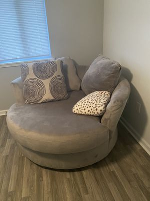 Ashley Swivel Chair for Sale in Pensacola, FL