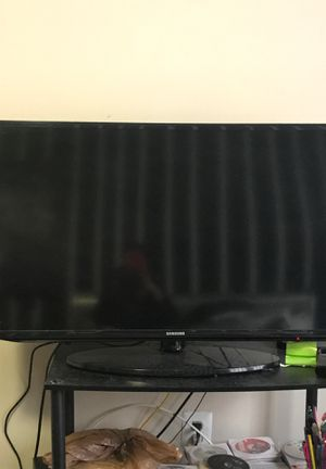 Samsung 40 inch smart tv for Sale in Washington, DC