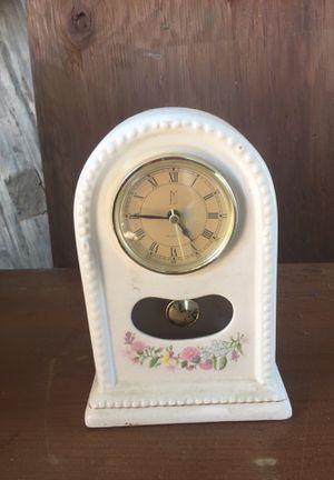 Antique clock for Sale in Kingsburg, CA