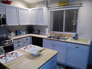 Free Kitchen cabinets for Sale in Lake Stevens, WA