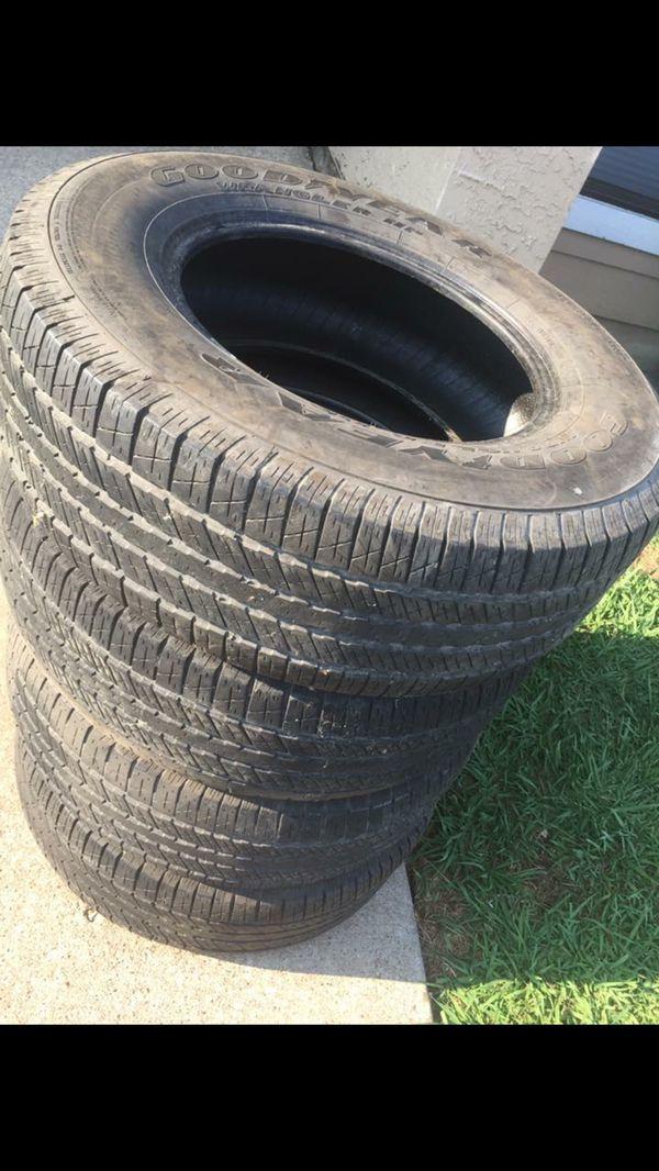 Tires 265/70R17