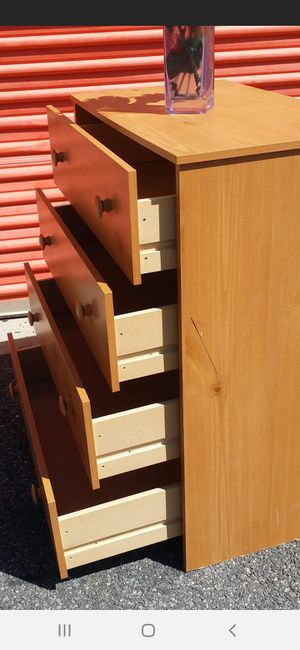 4 DRAWERS CHEST DRAWERS SLIDING SMOOTHLY GOOD CONDITION for Sale in Fairfax, VA