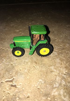 John Deere Small Metal Tractor Toy for Sale in Pompano Beach, FL