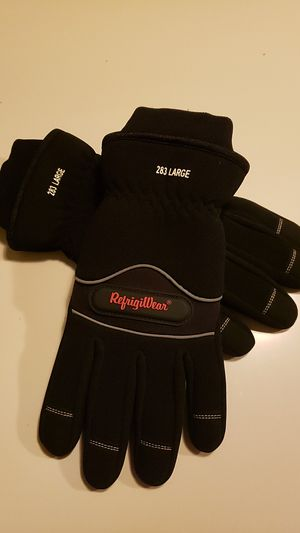 Refrigiwear glove guantes para frio L for Sale in Miami, FL